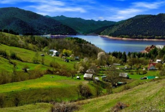 این ۱۰ دریاچهی بینظیر در کشور رومانی، شما را متحیر خواهند کرد!