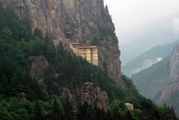 صومعه سوملا در ترکیه را از نزدیک ببینید
