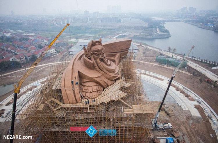 بزرگترین مجسمه برنزی