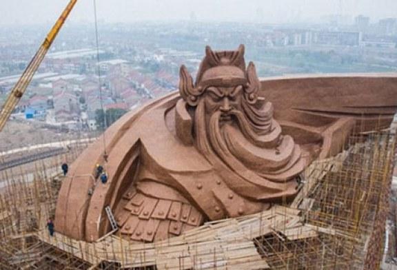 بزرگترین مجسمه برنزی جهان در چین