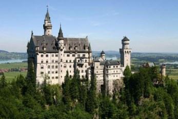 با قصر بی نظیر «نوی شوان اشتاین» در آلمان آشنا شوید