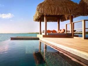 بورا بورا یکی از خیره کننده ترین مناطق گردشگری دنیا