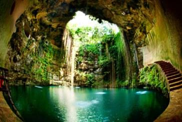گودال هایی عظیم و پُر از آب عجیب در مکزیک