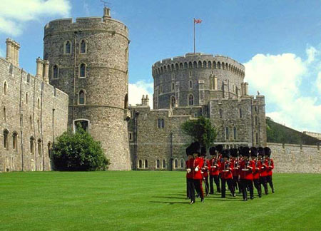 معرفی قلعه ویندسور Windsor Castle انگلستان + تصاویر