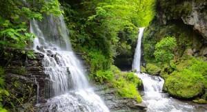 زمرد زیباترین آبشار ایران