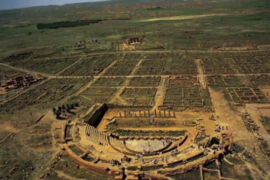 آشنایی با شهر باستانی تیمگاد در الجزایر