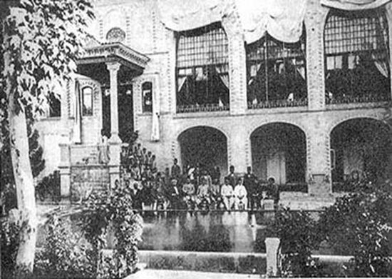 راهنمای گردش تاریخی در خانه های قدیمی تهران