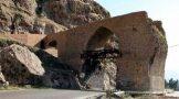 پلی به قدمت تاریخ در پُلدُختر لرستان