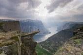 هیجان: ۱۰ پرتگاه اعجاب انگیز برای تماشای وسعت زمین