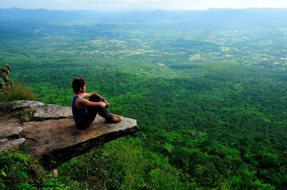 هیجان: 10 پرتگاه ها اعجاب انگیز برای تماشای وسعت زمین