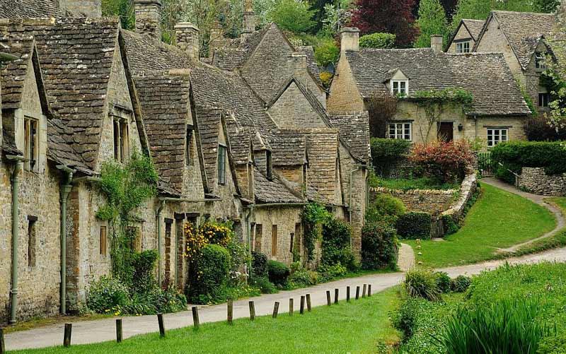 انگلستان؛ بایبری