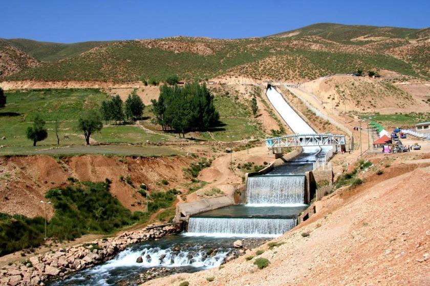 آبشار تونل کوهرنگ