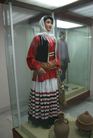 لباس زیبای زنانه