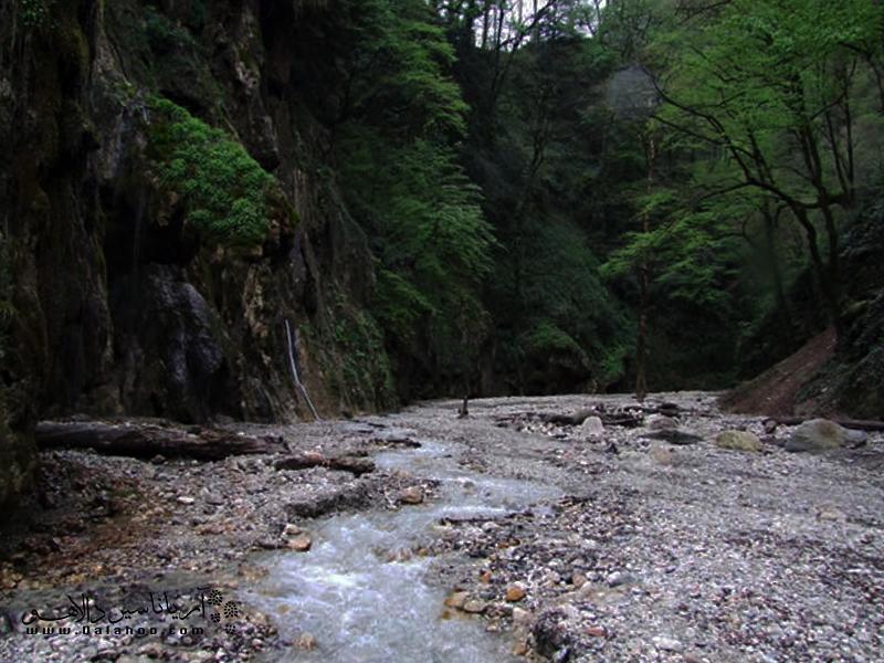 در سفر به بارانکوه تا شیرآباد قرار است زیباترین مناطق سرزمین آبشارها را ببینید.