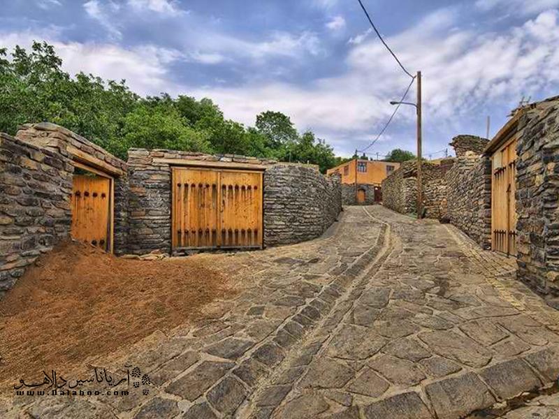 روستای سیمین ابرو و زیبایی بافت قدیمی آن.