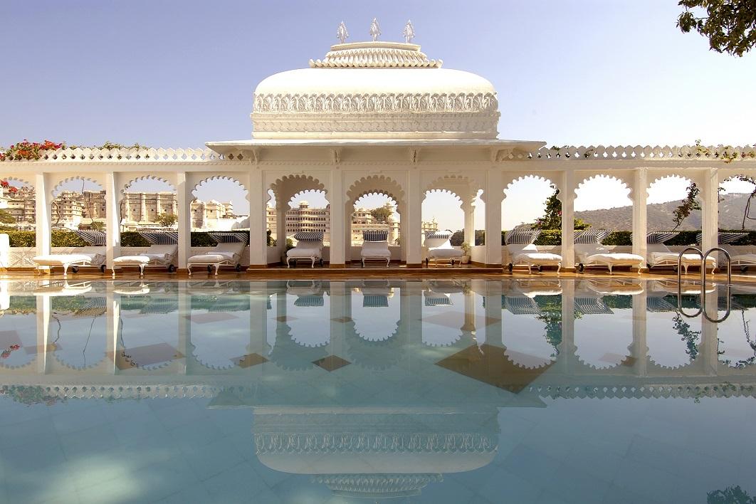 هتل Taj Lake Palace
