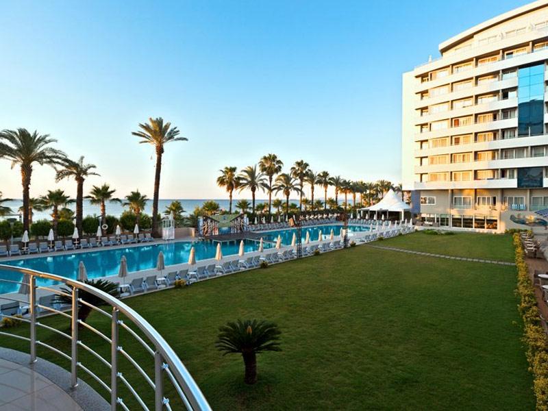 چشمه آبگرم و هتل تفریحی پورتو بلو-آنتالیا