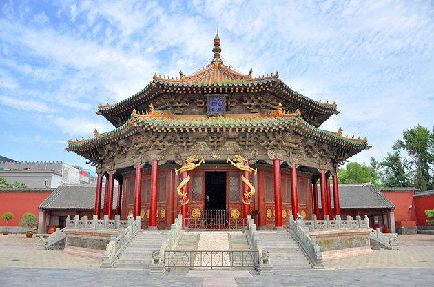 برترین جاذبه های گردشگری چین مقبره نور