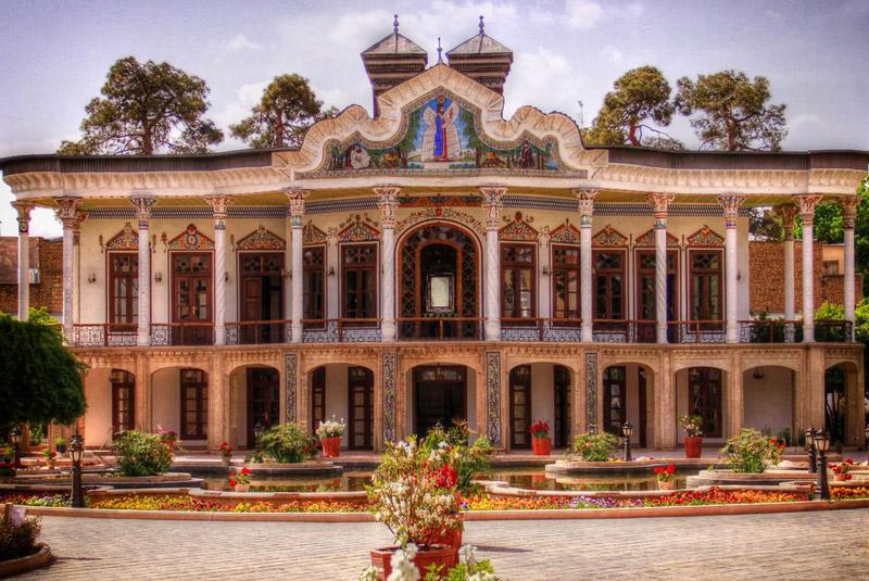 باغ و عمارت شاپوری