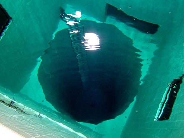 10.استخر Nemo 33