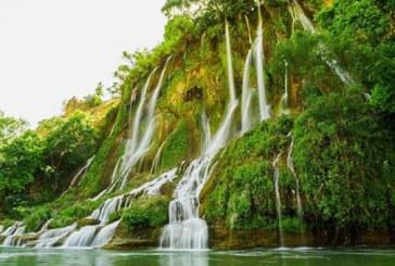 از آبشارهای خروشان لرستان دیدن کنید