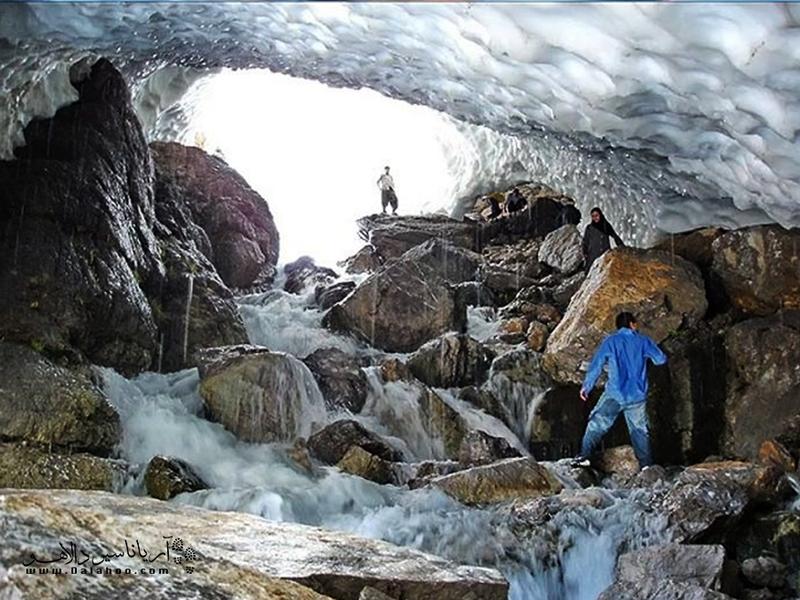 ماجراجویی در غاریخی چما به وجدتان خواهد آورد.
