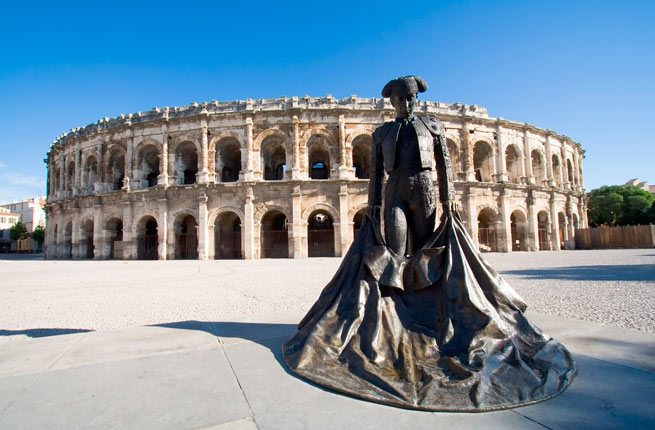 خرابه های شگفت انگیز و دیدنی در سراسر دنیا,17-arena-nimes-france