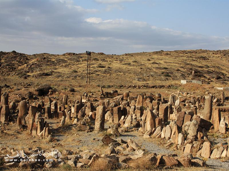 آدمهای سنگی مرموز در شهر یئری.