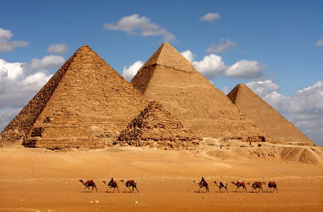 خرابه های شگفت انگیز و دیدنی در سراسر دنیا,اهرام جیزه-giza-pyramids-egypt