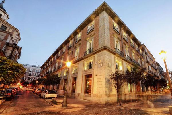 لوکسترین هتلهای جهان