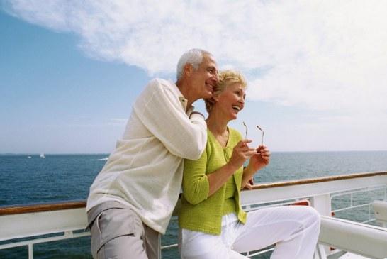 ۷ راه حل برای افراد مسن در سفر