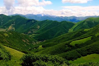جنگلهای ارسباران، منطقهای گردشگری و زیبا زیر لایهای از مه