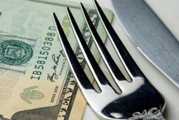 پرداخت صورت حساب رستوران در کشورهای مختلف دنیا چگونه است؟