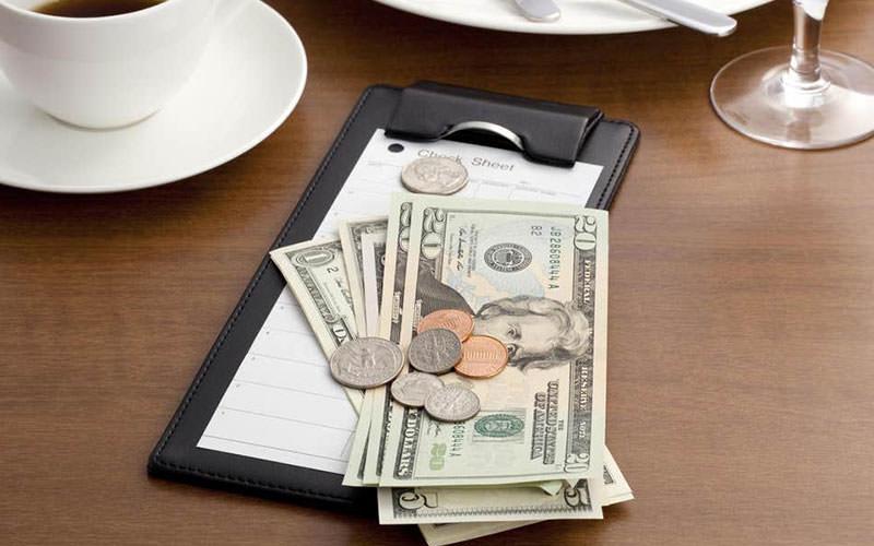 پرداخت صورت حساب رستوران