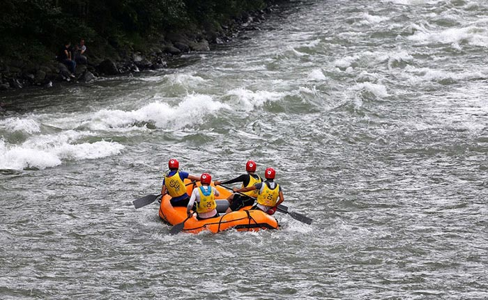 فتینگ رودخانه کر