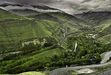 مسافری بین دو آستارا | مسافران جمهوری آذربایجان در بازارچه مرزی گیلان