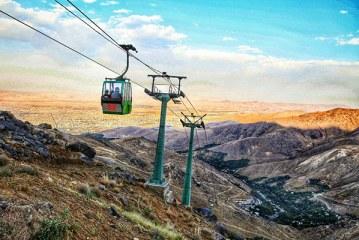 گیر افتادن ۳۰۰ نفر در ارتفاعات همدان | تله کابین گنجنامه خراب شد