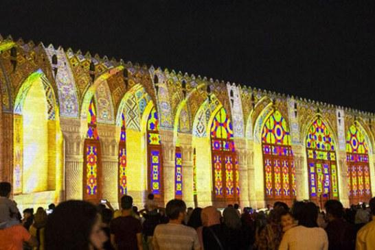 نورپردازی سه بعدی در ارگ کریمخانی شیراز | مسجد صورتی و تخت جمشید بر دیوارهای ارگ کریمخانی نقش بستند