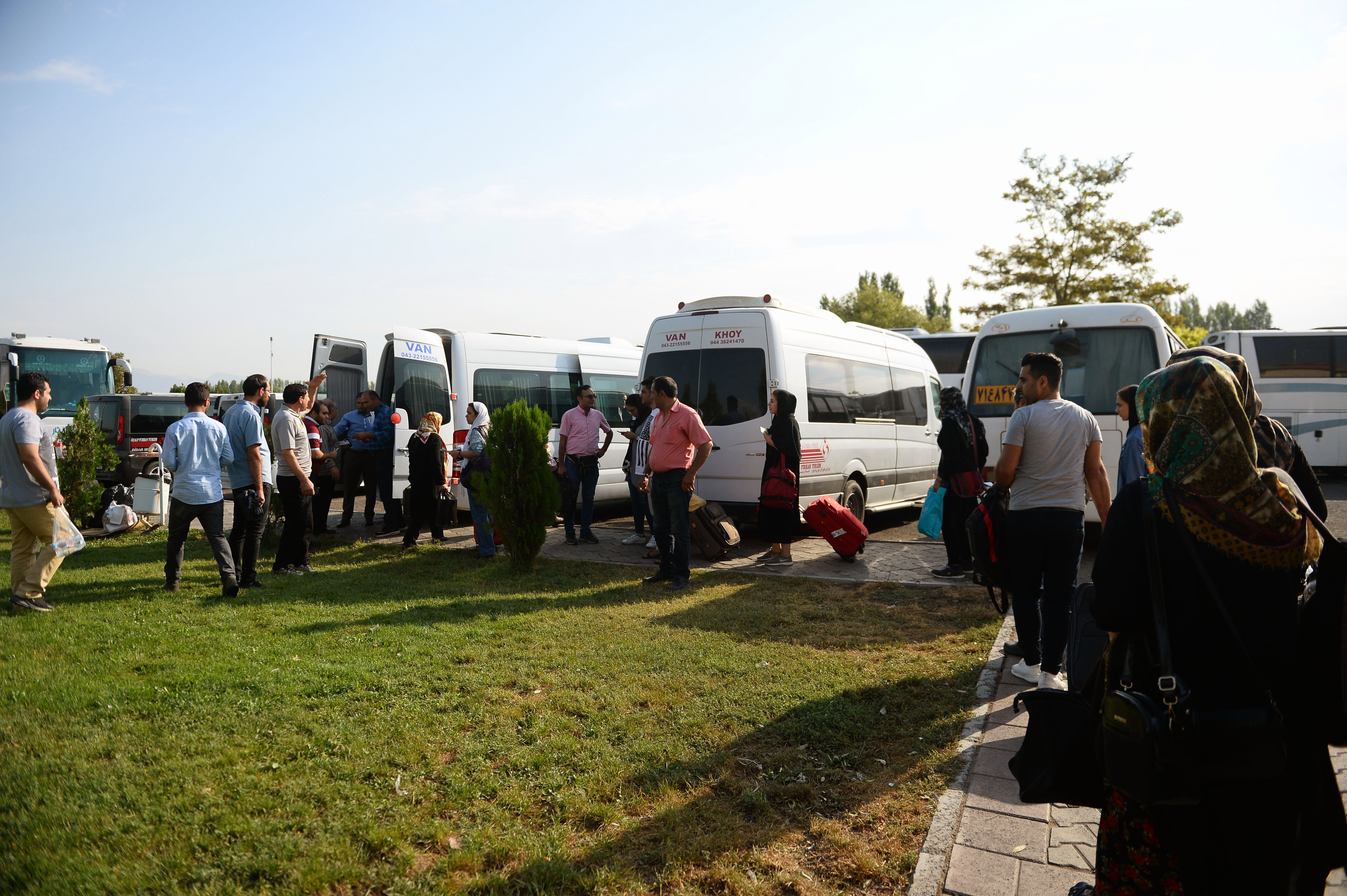 سفر زمینی به وان ترکیه - سفر از خوی به ترکیه - سفر از خوی به وان - سفر از مرز رازی به وان ترکیه