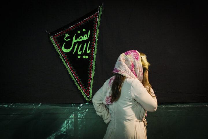 هیات ثارالله - گردشگران خارجی در محرم - دختران در محرم - اقلیت های دینی در محرم