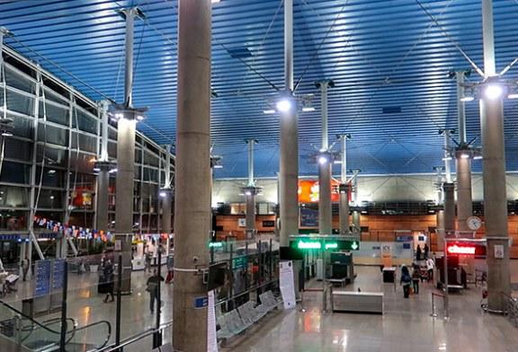 کشفیات عجیب در فرودگاه امام   مسافری که ۱۲۴ بطری مشروب الکلی در چمدانش بود